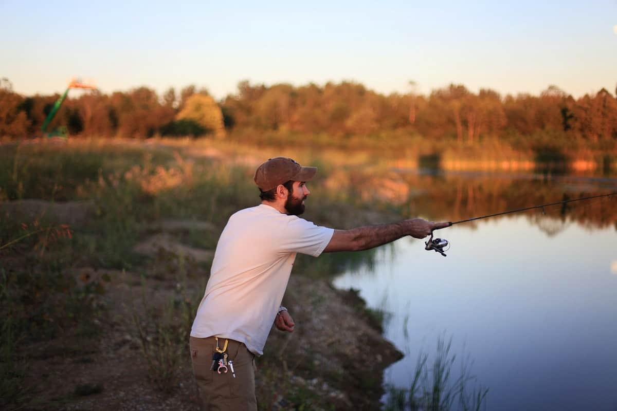 8 Essentials You Need to Go Fishing
