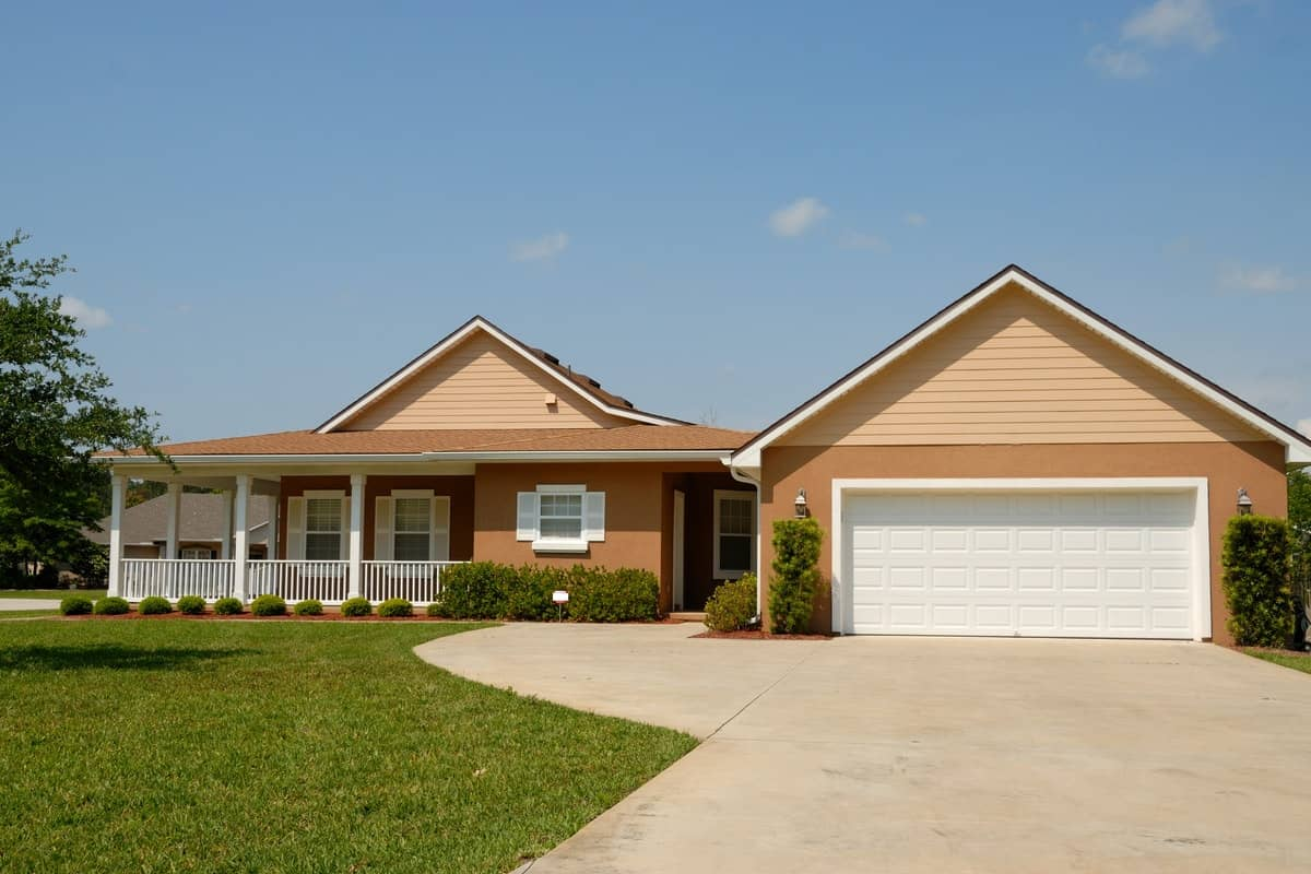 What to Look For When Buying a Foreclosed Home