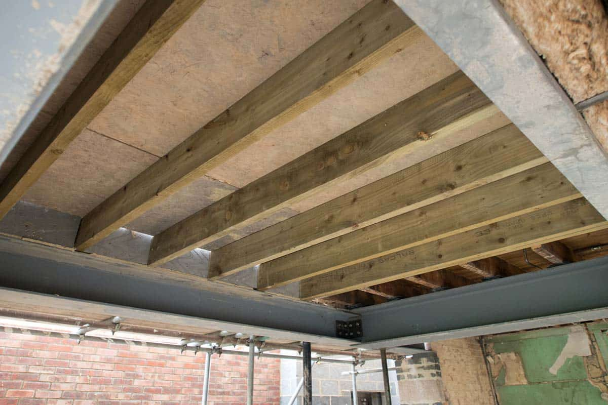 7 Ways to Best Inspect Your Crawl Space