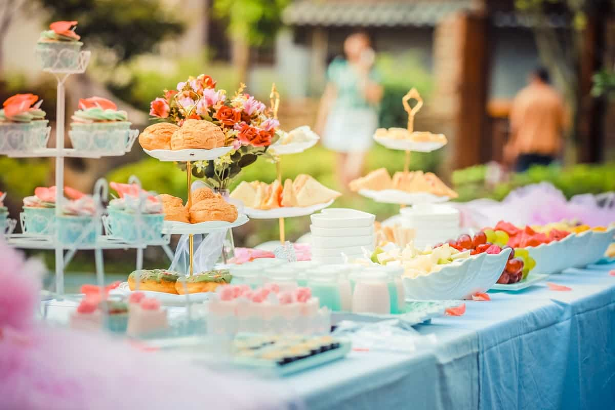 5 Questions to Ask A Caterer Before Hiring Them For Your Wedding