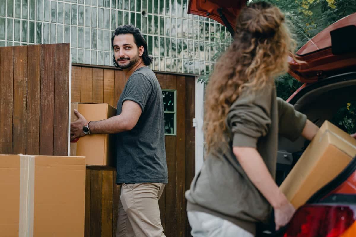 5 Tips for Moving Internationally